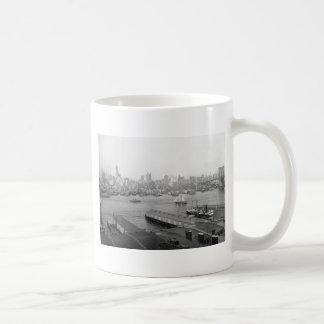 Manhattan from Brooklyn 1905 Mugs