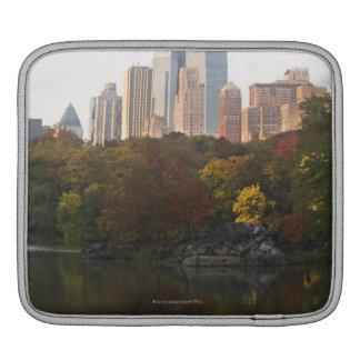 Manhattan Skyline 2 iPad Sleeves