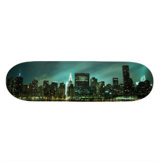 Manhattan Skyline at Night 18.1 Cm Old School Skateboard Deck