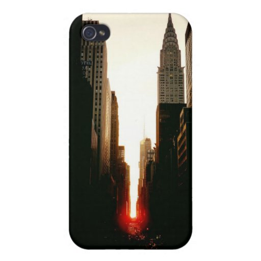 Manhattanhenge Sunset and the Chrysler Building iPhone 4 Cover