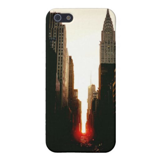 Manhattanhenge Sunset and the Chrysler Building iPhone 5 Cover