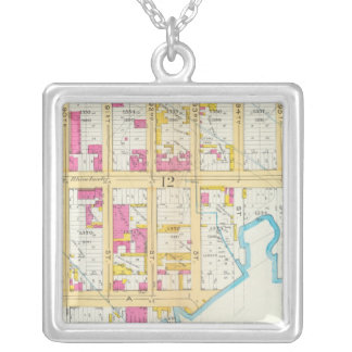 Manhatten, New York 8 Silver Plated Necklace