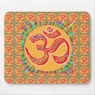 Mantra OmMantra : Perfect True Holy RobeColor Mouse Pad