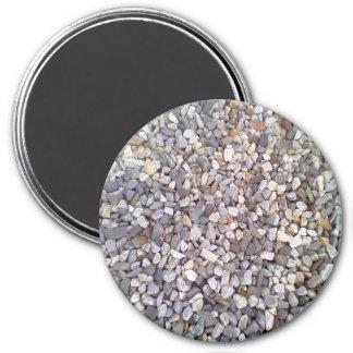 Many small stones 7.5 cm round magnet
