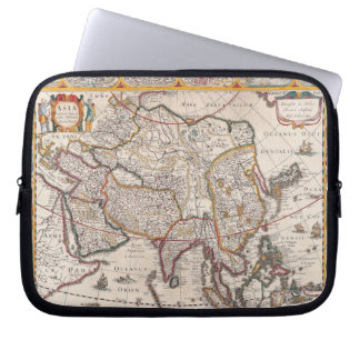 Map of Asia 4 Laptop Sleeve
