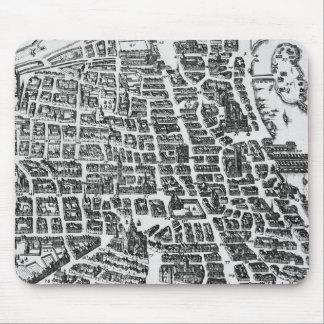 Map of Paris, 1620 Mouse Mat