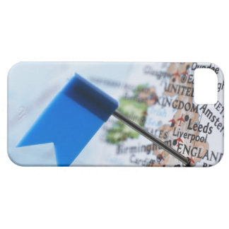 Map pin placed in London, UK on map, close-up Barely There iPhone 5 Case