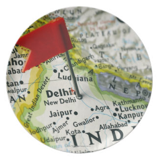 Map pin placed in New Delhi, India on map, Party Plates
