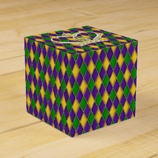 Mardi Gras Harlequin pattern with Crown Favour Boxes