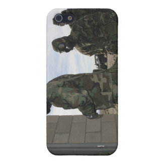 Marines and Sailors file into the gas chamber iPhone 5/5S Cover