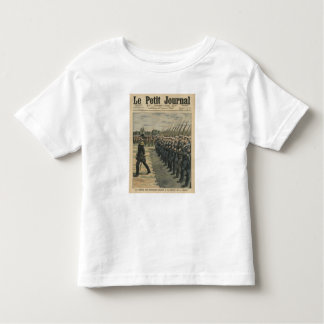 Marines on parade at the review of the 14th toddler T-Shirt