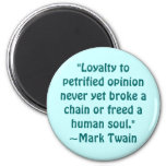 Mark Twain Petrified Opinion Quote 6 Cm Round Magnet