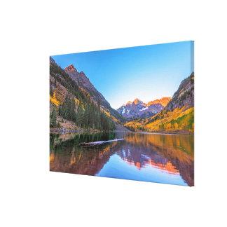 Maroon Bells Alpen Glow Canvas Print