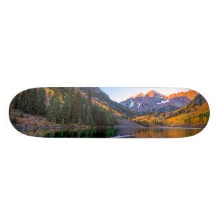 Maroon Bells Alpen Glow Skateboard