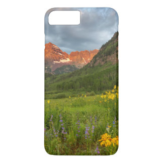 Maroon Bells Reflect Into Calm Maroon Lake iPhone 8 Plus/7 Plus Case