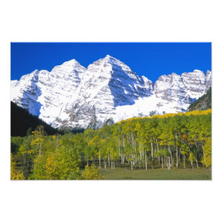 Maroon Bells with autumn aspen forest. Photo Art