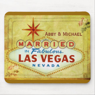 Married in Fabulous Las Vegas - Vintage Mouse Mat