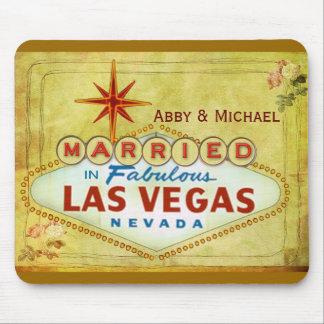 Married in Fabulous Las Vegas - Vintage Mousepad