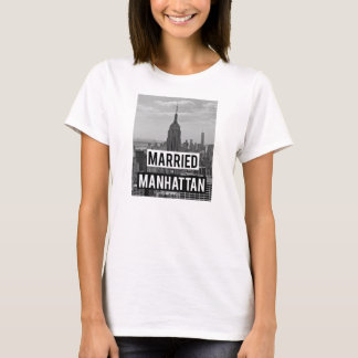 Married in Manhattan tee