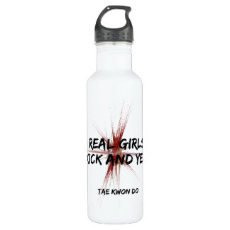 Martial Arts Girls Kick and Yell 710 Ml Water Bottle