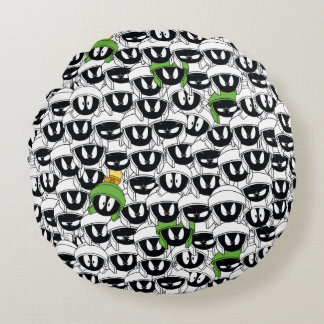MARVIN THE MARTIAN™ Line Art Color Pop Pattern Round Cushion