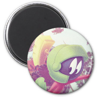 MARVIN THE MARTIAN™ On Vacation 6 Cm Round Magnet
