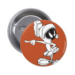 MARVIN THE MARTIAN™ Pointing 6 Cm Round Badge