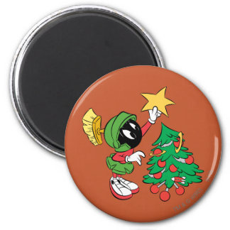 MARVIN THE MARTIAN™ putting star on tree 6 Cm Round Magnet