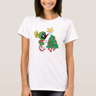 MARVIN THE MARTIAN™ putting star on tree T-Shirt