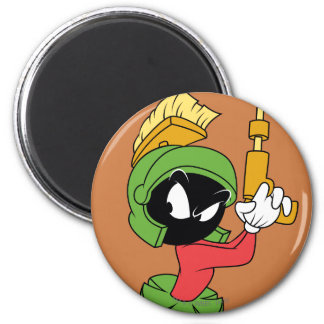 MARVIN THE MARTIAN™ Ready With Laser 6 Cm Round Magnet