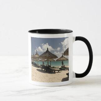 Mauritius, Poste de Flacq. Beach scene at the Mug
