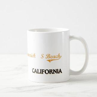 Maverick'S Beach California Classic Mugs