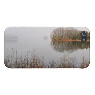 Mayo Lake 4/4s iPhone 5 Covers