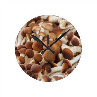 _MB_6078.jpg Round Clock
