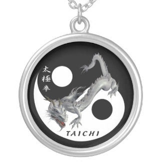 Medalla Taiji Silver Plated Necklace