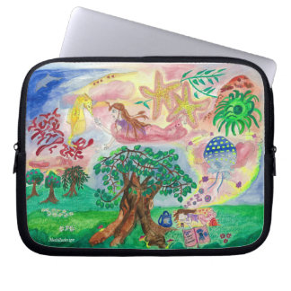 Medilludesign - Lucid dreams - flying in the sea Laptop Sleeve