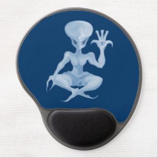 meditation alien 001 gel mouse pad