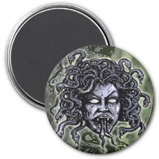 Medusa 7.5 Cm Round Magnet