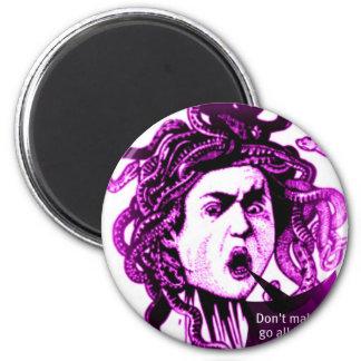 MEDUSA Don't Make me... Vintage Mythological print 6 Cm Round Magnet