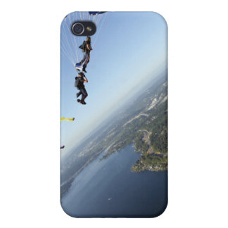 Members of the US Navy Parachute Team Covers For iPhone 4
