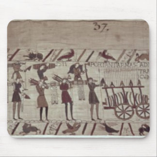Men carrying arms to the ships and pulling a mouse mat