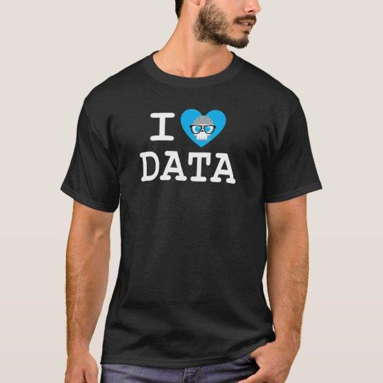 """Men's Basic Black """"I Heart Data"""" T-Shirt"""
