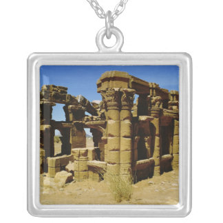 Meroitic kiosk silver plated necklace