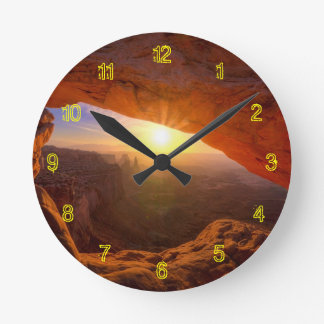 Mesa Arch, Canyonlands National Park Round Clock