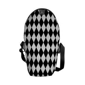 messanger bag diamond black/white commuter bags