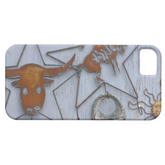 Metal art souvenirs on outdoor wall barely there iPhone 5 case