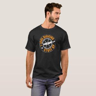 Metal detecting t-shirt ideal metal detecting gift