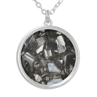 Metal Gray Shiny Quartz Crystals Silver Plated Necklace