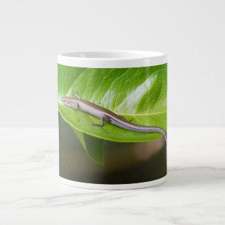 Metallic Cool Skink Niveoscincus Metallicus Jumbo Mug