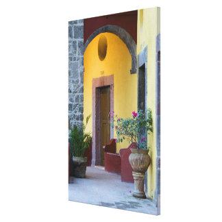 Mexico, San Miguel de Allende, Archway entrance Canvas Print